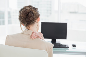 treatment for neck and back pain by Riverdale Chiropractor Dr. Doug Gregory, Statera Chiropractic